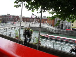 Great way to get a city overview. Ha'penny bridge and the Liffey River photo from bus top level. , Anne-Marie - August 2011