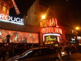 Arriving at the Moulin Rouge for the late night show! , Herb - October 2012