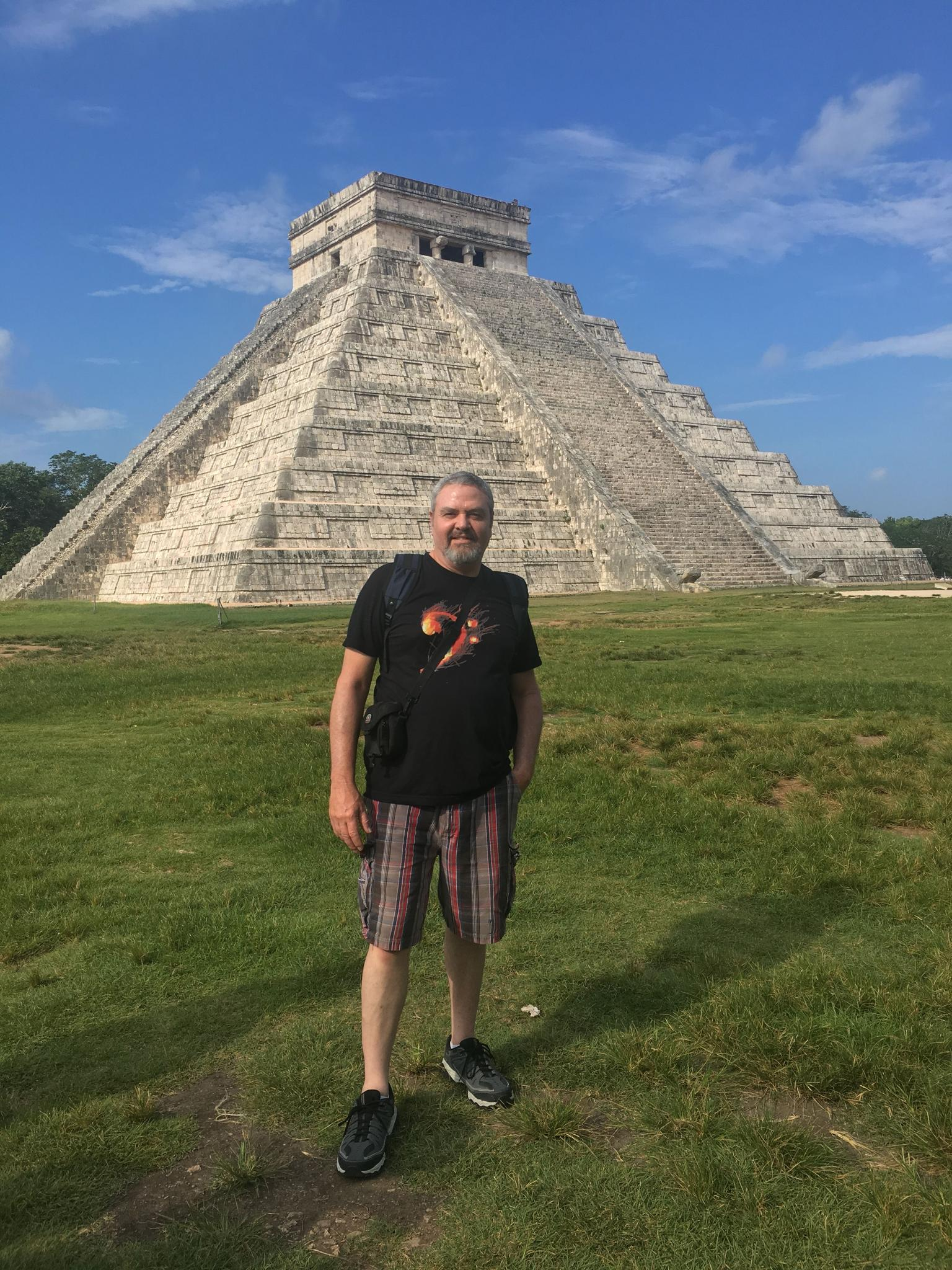 Open the Gate to Chichen Itza: Early-Access Tour with Private Entrance