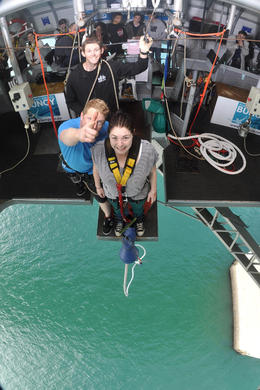 Photo of Auckland Auckland Harbour Bridge Bungy Jump Auckland Bridge Bungy 2454AKL_BUNGY.jpg