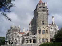 Casa Loma is an impressive mansion by North American standards, but not up to the many castles throughout Europe. It was certainly worth the time to see this mansion - November 2011