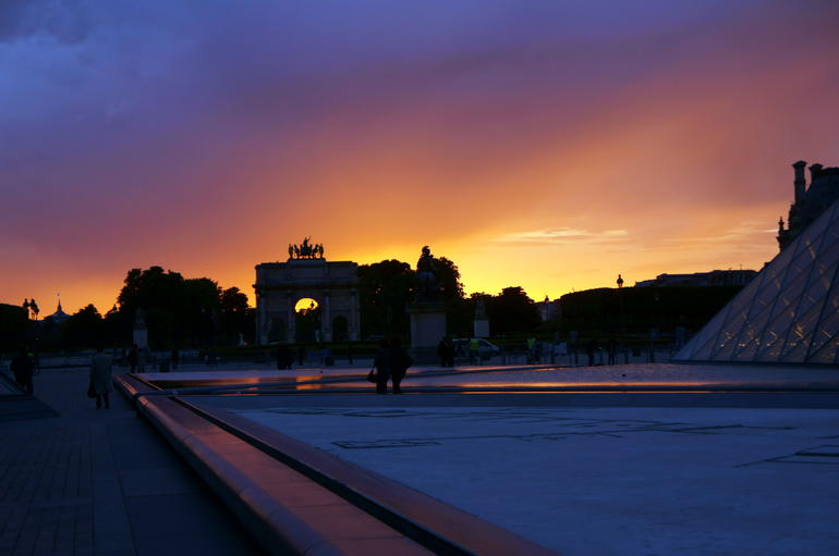 Breathtaking sunset at the louvre.