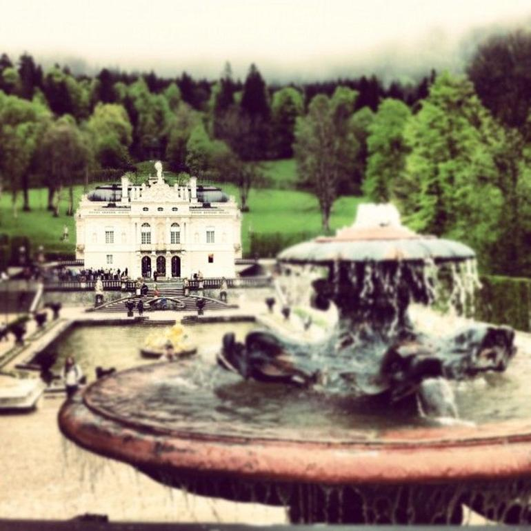 Neuschwanstein and Linderhof Day Tour - Munich