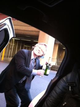 A limousine transfer from the airport to the hotel in Las Vegas (with a bottle of champagne!) is the only way to go!, Dominique - September 2011