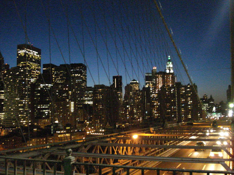 Brooklyn Bridge by night - New York City