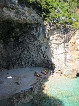 Photo of Dubrovnik Dubrovnik Shore Excursion: Sea Kayak and Snorkeling Small-Group Tour Dubrovnik Snorkeling site