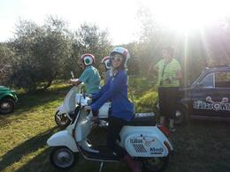 Photo of Florence Florence Vespa Tour: Tuscan Hills and Italian Cuisine Stopping for the view