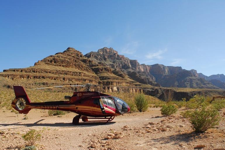 Las Vegas Grand Canyon Helicopter Tour From Las Vegas Private Landi Pictures