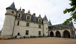 Photo of Paris Loire Valley Castles Day Trip: Chambord, Cheverny and Chenonceau Amboise chateau