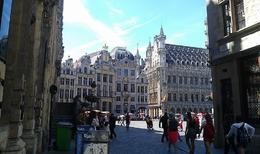 Walk down to Central Brussels , LAFRAGIA M - June 2014