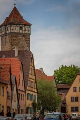 Charming architecture , Sandra S - May 2016