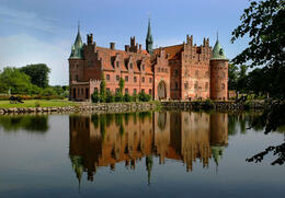 Photo of Copenhagen Castles Tour from Copenhagen: North Zealand and Hamlet Castle Castillo Zelandia