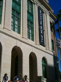 Photo of Las Vegas The Mob Museum Admission Outside about to go in
