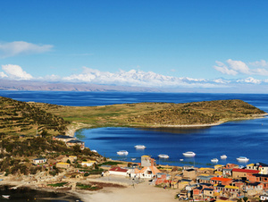 Full-Day Uros and Taquile Islands Tour