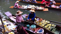 Visiting Bangkok?s Floating Markets