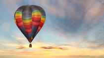 Hot Air Balloon Rides in Albuquerque: Floating Above the Desert