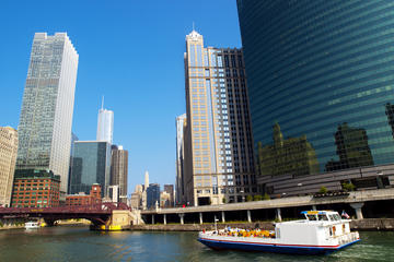 Chicago River and Lake Michigan Cruises