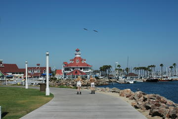What to See and Do on the Long Beach Waterfront