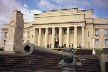 Auckland Museum and Institute (War Memorial Museum)