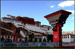Day Tour to Visit Top 3 Highlights of Potala Jokhang and Barkhor Including Tibet Permits