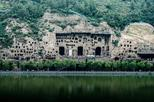 Private Luoyang Longmen Grottoes & Shaolin Temple Day Tour from Luoyang