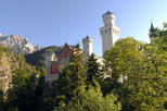 Full-Day Tour to Neuschwanstein Castle from Munich by Train Including Bike Ride from Fuessen