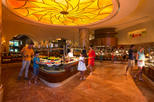 Buffet Dining in Atlantis