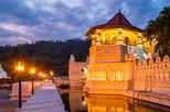 Kandy City Tour with Peradeniya Royal Botanical Gardens with Lunch