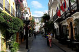 Private Half-Day Tour in Marbella Old Town with Arab and Castilian Remains