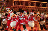Hong kong disneyland tour with 2 way ferry transfers from macau in macau 404978