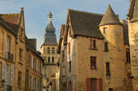 Sarlat Gourmet Tour and Market Visit