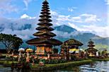 A wonderful day in Bali with private guide and car