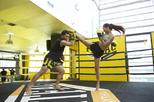 Private 1-1 Thai Boxing lesson Near Bangkok BTS Skytrain