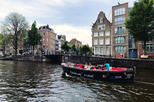 75-minute Canal Cruise in Amsterdam and 2 drinks included