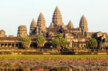 Private Tour: Angkor Wat Ancient Temples Full-Day Tour from Siem Reap, Angkor Wat,