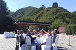 Luxury Tour: Dining Experience at the Entrance to the Ancient Badaling Great Wall plus Ming Tombs Visit