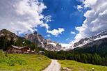 Discover the Most Beautiful Bike Trails of the Dolomites