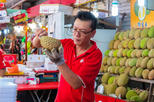A Feast for Foodies in Singapore's Chinatown