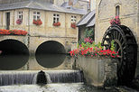 Private Tour: Bayeux, Honfleur and Pays d' Auge
