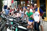 Tastes of Chicago Bike Tour: Chicago-Style Pizza, Beer, Cupcakes, and Hot Dogs