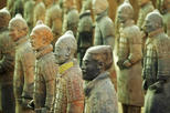 Xian Private Layover Tour: Terracotta Warriors and City Highlights with Round-trip Airport Transfer