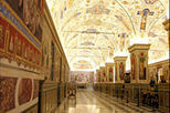Skip the Line Private Tour: Vatican Museums Walking Tour