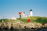 Maine Day Trip: Nubble Lighthouse, Lobster Bake and Shopping from Boston