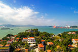 Xiamen Private Day Tour of Gulangyu Island, Shuzhuang Garden, Hulishan Battery, and Nanputuo Temple