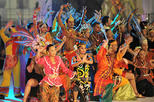 7 Hours Putrajaya and KL Chinatown and Malaysia Cultural Show with Buffet Dinner for Malaysia Combo Day Trip