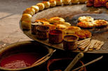Small-Group Food Walking Tour in Delhi Including Rickshaw Ride, New Delhi,