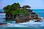 Full-day Tour : Bali Ubud Art and Tanah Lot Temple Private Tour