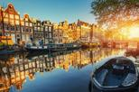 Amsterdam Romantic Walking Tour: Hidden Courtyards, Chocolate, and Love Stories