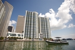 Small-Group Miami Boat Tour: Biscayne Bay Sightseeing Cruise