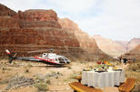TravelToe VIP: Grand Canyon Sunset Helicopter Tour with Dinner